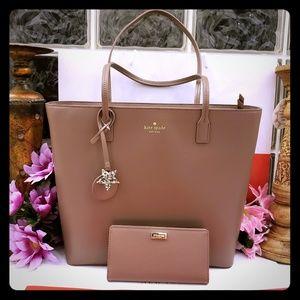 Kate Spade tote shoppers purse w/ wallet